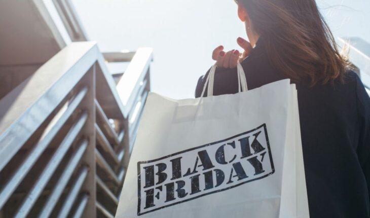 Cum poti evita sa cumperi mai mult decat ai nevoie de Black Friday